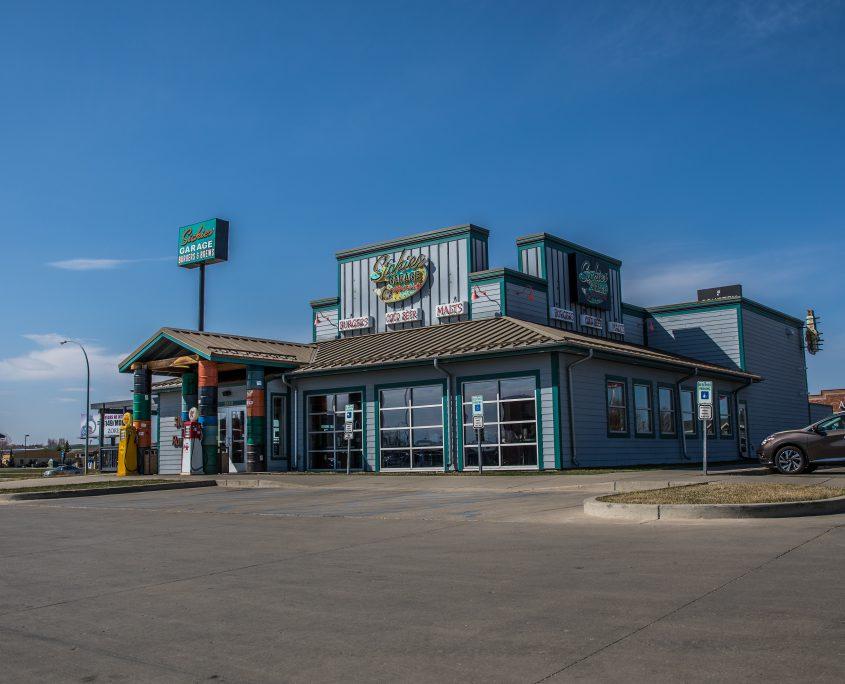 Sickies Garage Burgers & Brews Restaurant in Bismarck, North Dakota